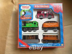 2000 Thomas Wooden Railway 5 Car Gift Pack Bertie Olvier Toby Henrietta Fred