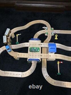 2002 Thomas The Tank Engine & Friends Train Lets Have A Race Set Wooden Railway