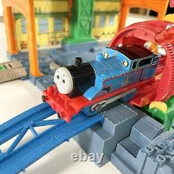 2009 Thomas & Friends SPIN & FIX Thomas TrackMaster Motorized Railway Trains