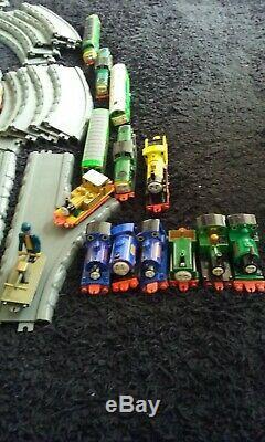 ERTL vintage Thomas the Tank & Friends track bundle + engines