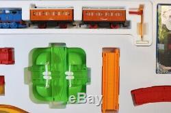 HORNBY R857 THOMAS the TANK ENGINE BATTERY POWERED thomas & BERTIE SET MIB ns