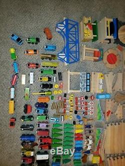 HUGE LOT Thomas & Friends Wooden Wood Trains BRIO cars track buildings 400+ Pcs
