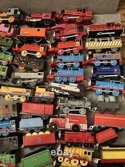 Huge Loose Lot 84 Piece Thomas & Friends Trackmaster Train -40 Motorized Engines