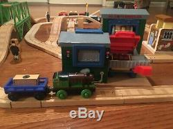 Learning Curve Thomas the Train Wooden Railway Deluxe Chocolate Factory Set RARE