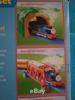 NEW IN BOX Thomas & Friends Train Water Tower Steam Set TOMY RARE 2006 Annie NIB