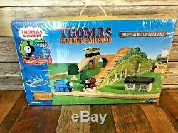 NEW Thomas & the Magic Railroad Muffle Mountain Golden Track Wooden Playset Lady