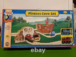New Thomas & Friends Wooden Pirates Cove Set