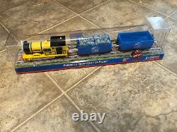 P79 Thomas Trackmaster Blue Mountain Mystery Yellow Rheneas Bright New Colors