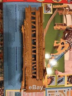 THOMAS & FRIENDS Trackmaster Railway System Thomas at Tumblin Bridge Set