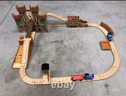 Thomas And Friends Wooden Railway King Of The Railway Deluxe Set