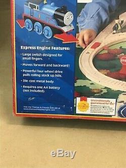 Thomas & Friends Express Battery-Powered Wooden Railway Limited 2001 Set Britt