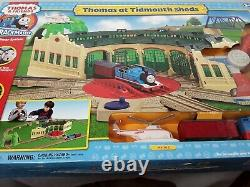 Thomas & Friends TrackMaster Railway System Thomas At Tidmouth Sheds 2006 NIB