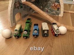 Thomas & Friends Wooden Railway Rumble & Race Mountain Train & Track Lot