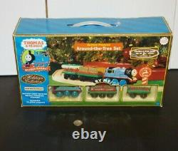 Thomas & Friends Wooden Railway Train Tank Around the Tree Christmas Set w Box