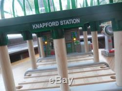 Thomas Tank Engine & Friends Wooden KNAPFORD STATION LIGHTS & SOUNDS