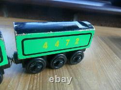 Thomas Tank Engine & Friends Wooden Train THE FLYING SCOTSMAN P&P DISCS