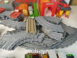 Thomas The Train & Friends Metal Diecast Magnetic Trains tenders Buildings LOTS