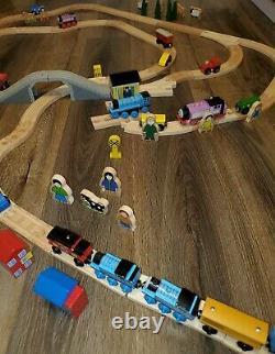 Thomas The Train Wooden Railway Railroad Set Curved Train Track Big Jigs 114 pcs