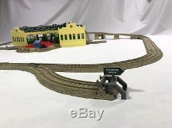 Thomas Trackmaster Tidmouth Sheds 5 Door TOMY Motorized Engines Track adapters