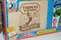 Thomas Train & Friends Tank Engine Wooden Railway Holiday Gift Pack with Box NEW