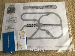 Thomas Train MOUNTAIN TUNNEL SET WOOD Learning Curve Track NEW magnet Tank Engin