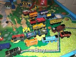 Thomas Wooden Railway Lot of 300+ Tracks, Train Engines and Buildings
