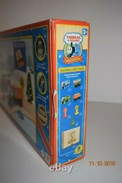 Thomas and & FriendsHoliday Gift Pack wood Collector's Wooden BoxLC9803 NEW