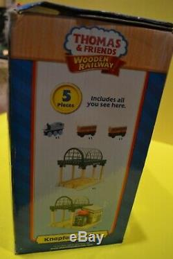 Thomas the Tank Engine and Friends Talking Wooden Knapford Station New