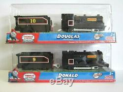 Thomas the Tank engine TRACKMASTER-Donald & Douglas - new in box