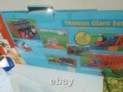 Thomas the Train Giant Set Motorized Road & Rail System Tomy Original Box