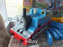Trackmaster Tomy Tomica World Road Rail Thomas The Tank Engine Giant Train Set