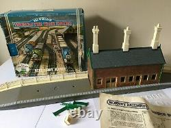 Vintage Hornby R224 Station The World of Thomas The Tank Engine Boxed