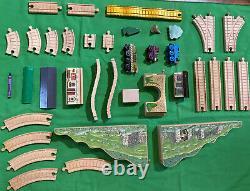 Vintage Thomas Wooden Train Set Muffle Mountain Overpass Golden Track House Lot